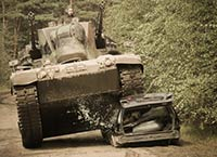 Carcrashing mit dem Flakpanzer -